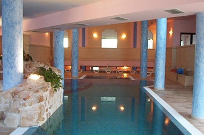 Villaggio club giardini d oriente marina di nova siri matera mt camera standard in pensione - Hotel villaggio giardini d oriente ...